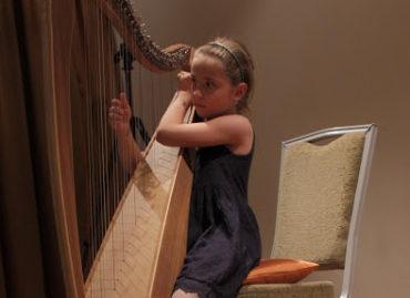 Hudební odpoledne a program a aktivity Komunitního centra Karlín